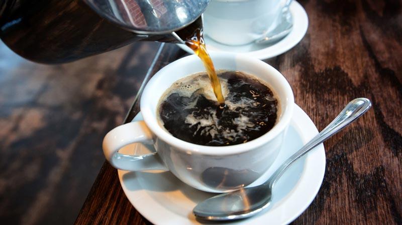 Một cốc cà phê sẽ giúp bạn đẩy lùi viêm gan trong cơ thể.