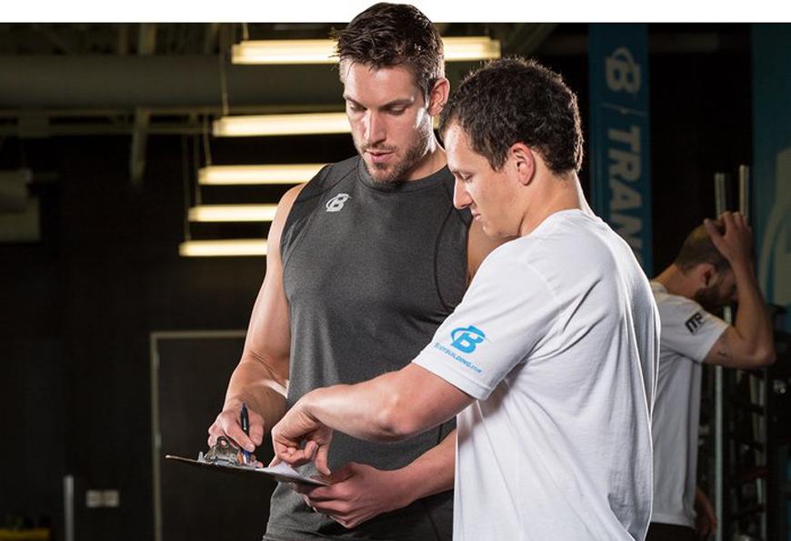 Tại sao huấn luyện viên cá nhân cũng cần có huấn luyện viên và cố vấn riêng?