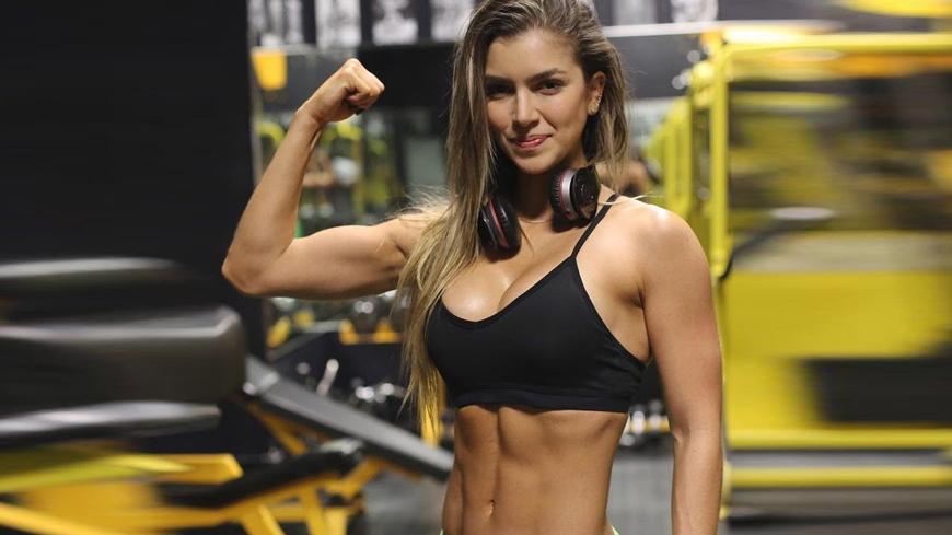 Tập-gym-khiến-phụ-nữ-quyến-rũ-hơn