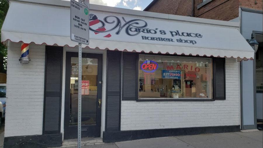 Tiệm cắt tóc Mario ở Chicago